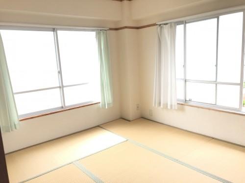 マンション芦屋の里302号室/402号室